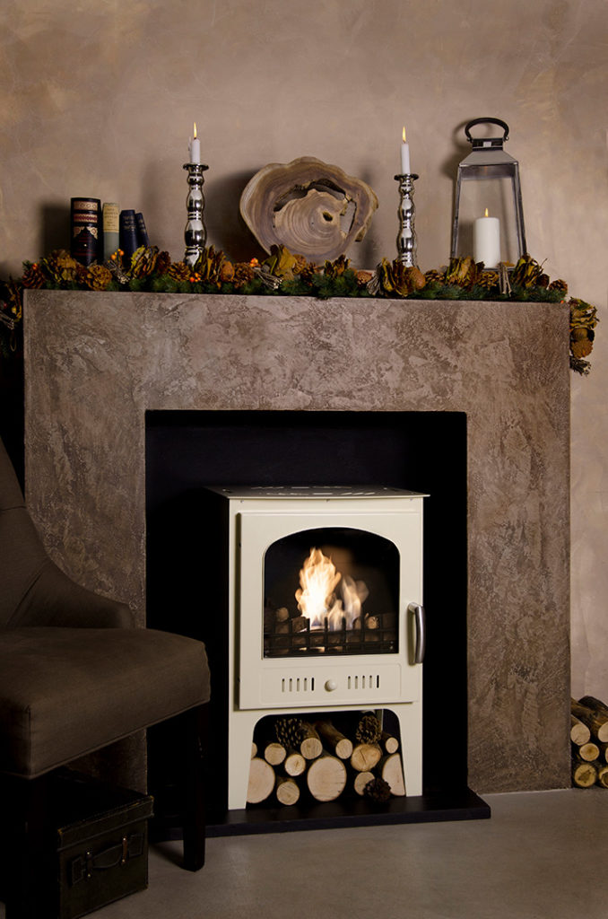 autumn decoration ideas for the mantlepiece